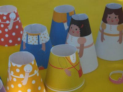 gyerek angol papírból készült hercegnőkkel
