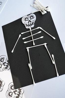 Halloween játékötletek - csontváz